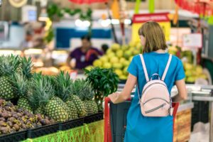 6 Tips for Grocery Shopping on a Budget